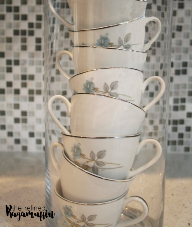 pewter-dishes-blue-kitchen-decor-stacked-teacups7