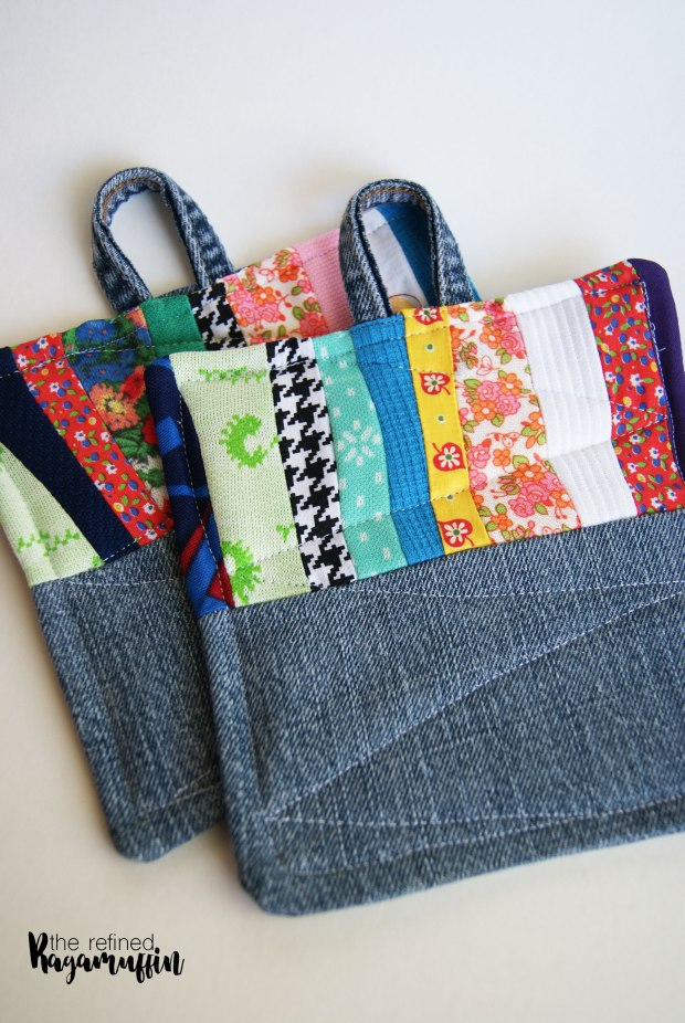 scrappy-quilted-hot-pad-holders-6